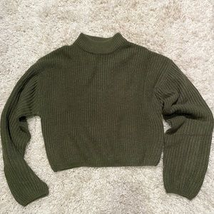 Cropped knit H&M sweater